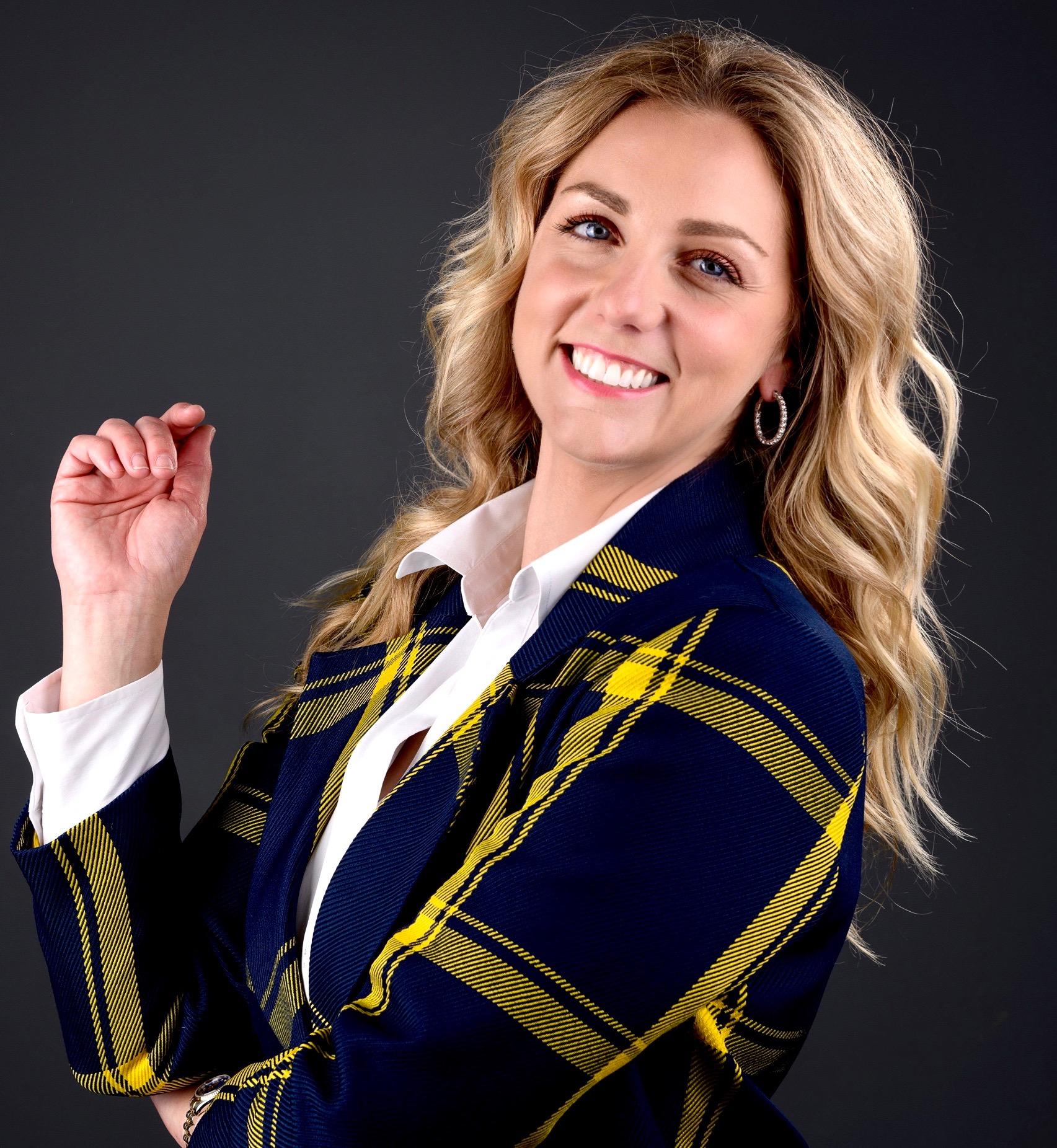 blonde woman lawyer