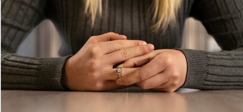 removing engagement ring